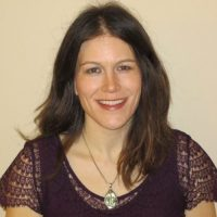 Laura Cicholski Headshot